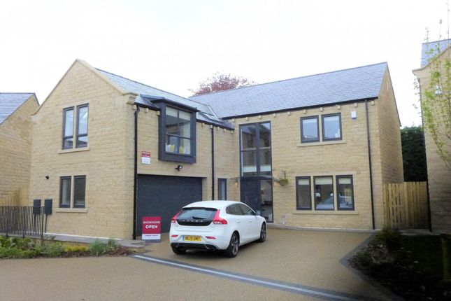 Thumbnail Detached house for sale in Stocksmead Court, Huddersfield