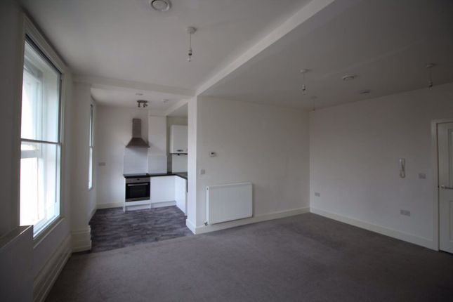 Thumbnail Studio to rent in High Street, Bedford