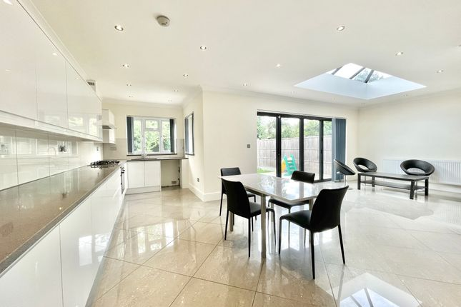 Thumbnail Semi-detached house to rent in Saddlescombe Way London 7Ls, London