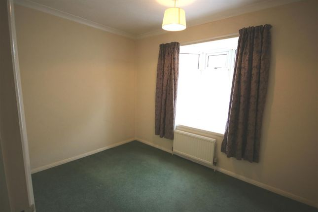 Bedroom Two of Quendon Way, Frinton-On-Sea CO13