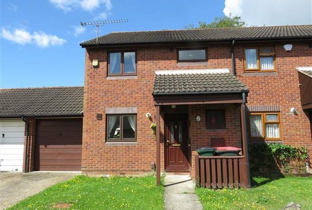 Thumbnail Terraced house to rent in Keymer Road, Crawley
