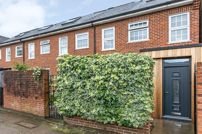 Thumbnail Terraced house for sale in Brighton Road, Surbiton