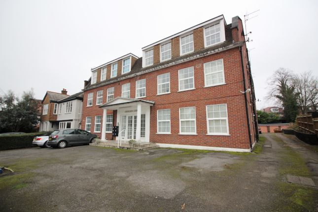1 bed flat to rent in Georgian Court, Dollis Avenue, London