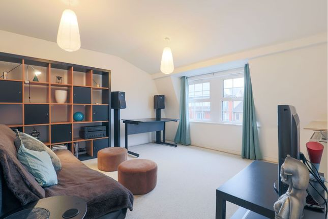 Reception Room of 254-258 Lower Road, London SE8