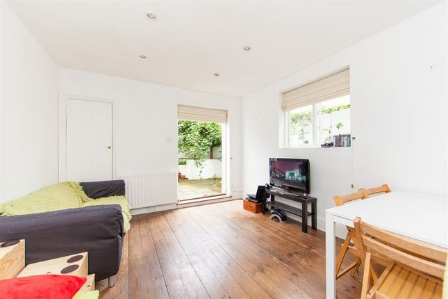 2 bed flat for sale in Fabian Road, Fulham Broadway, Fulham, London