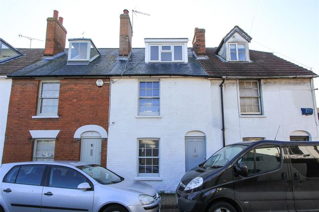 Thumbnail Flat to rent in New Street, Whitstable
