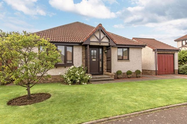 Thumbnail Detached bungalow for sale in 32 Williamstone Court, North Berwick
