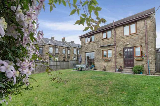 Thumbnail Detached house for sale in Ackroyd Place, Queensbury, Bradford