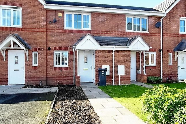Thumbnail Town house for sale in Squires Grove, Willenhall