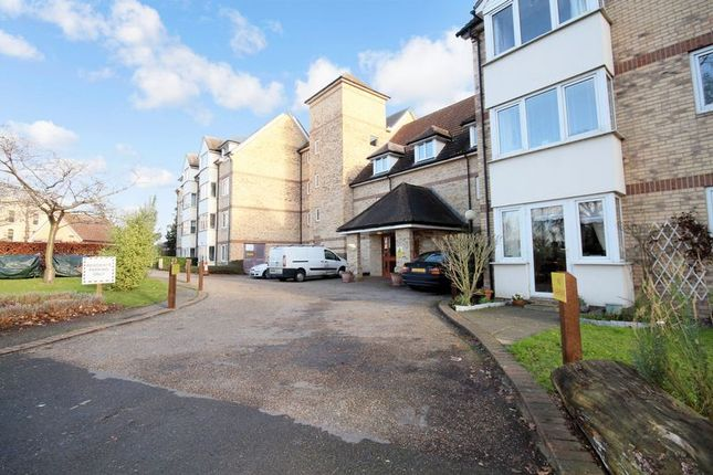 Thumbnail Flat for sale in Foster Court, Witham