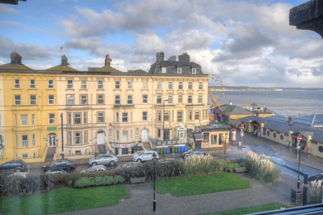 Thumbnail Flat to rent in The Crescent, Bridlington