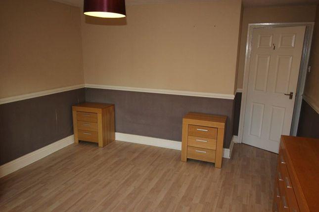 Main Bedroom (2) of Lancaster Court, Ullet Road, Sefton Park L17