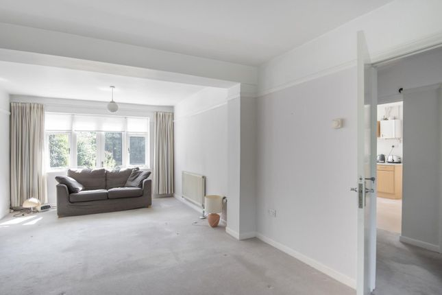 Living Room of Shinfield Road, Reading RG2