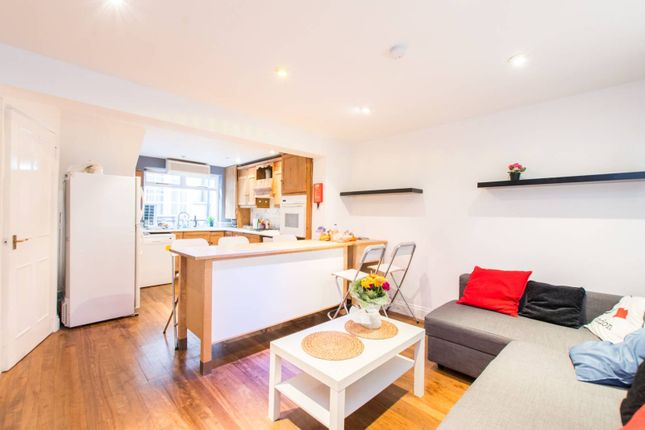 Thumbnail Terraced house for sale in Guildhouse Street, Pimlico