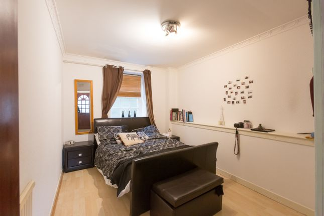 Bedroom of Review Court, High Street, Montrose DD10