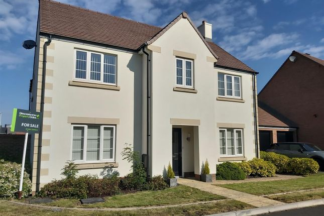 Thumbnail Detached house for sale in Hawthorn Close, Hardwicke, Gloucester