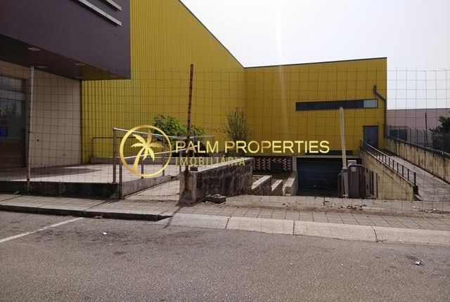 Thumbnail Commercial property for sale in Gondomar, Portugal