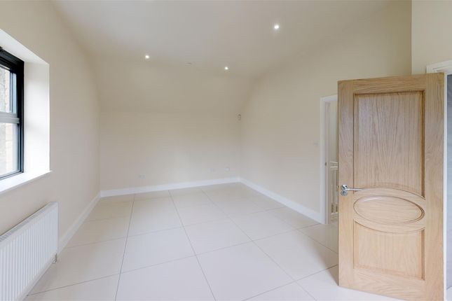Master Bedroom of Rectory Mews, Rectory Road, Penarth CF64