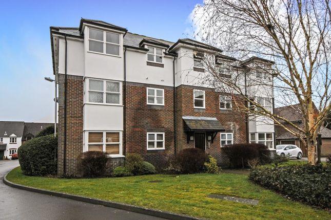 Thumbnail Flat to rent in Lambourn, Berkshire