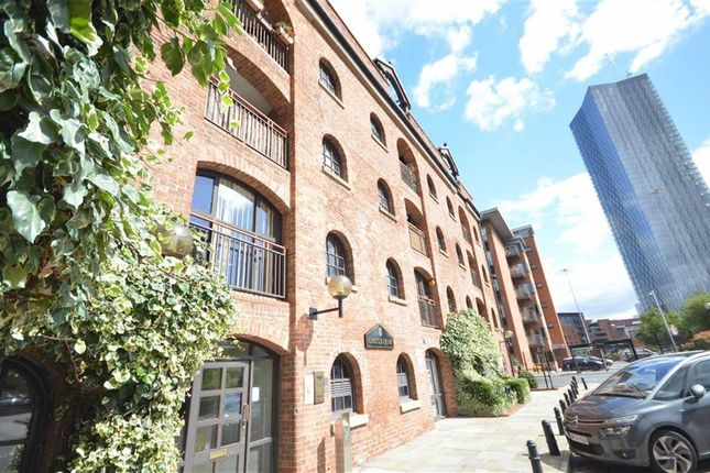 Thumbnail Flat for sale in Castle Quay, Castlefield, Manchester