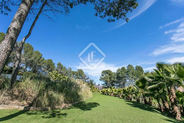 4 bed villa for sale in Spain, Barcelona, Sant Cugat, Lfs2167