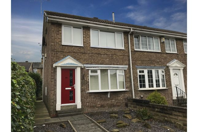 Thumbnail Town house for sale in Huddersfield Road, Bradford