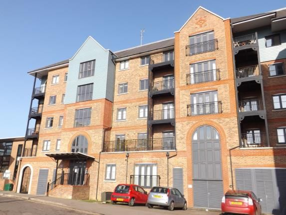 Thumbnail Flat for sale in Waterway House, Tonbridge, Kent, .