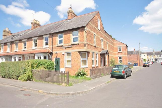Thumbnail Flat to rent in Hertford Street, Oxford