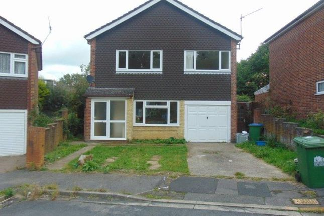 Thumbnail Detached house to rent in Redhill Crescent, Southampton