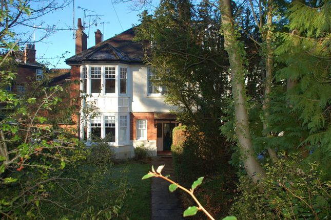 Thumbnail Flat to rent in 2 Linden Gardens, Tunbridge Wells