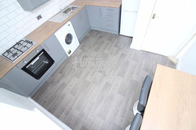 Thumbnail Flat to rent in Sheldon Road, Sheffield