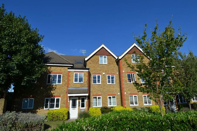 Thumbnail Flat to rent in Kempton Court, Kempton Avenue, Sunbury On Thames