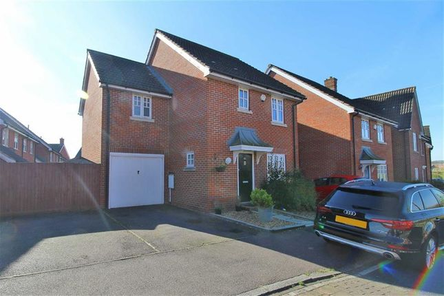 Thumbnail Link-detached house to rent in Cranbourne, Westcroft, Milton Keynes