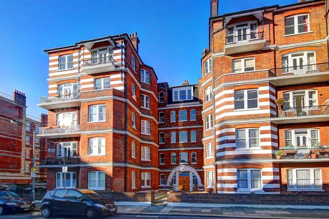 Thumbnail Flat for sale in Lurline Gardens, London