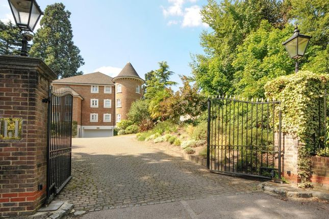 Gated Entrance of Ascot, Berkshire SL5
