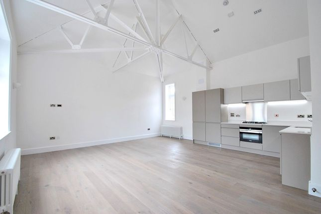 Thumbnail Flat to rent in Ashmore Road, London