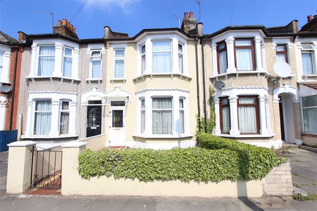 3 bed property for sale in Kingston Road, Ilford, Essex IG1