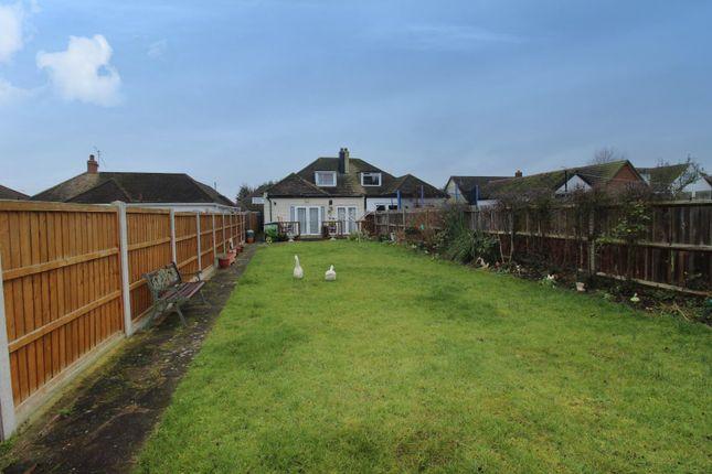 3 bed property for sale in Coleridge Road, Romford