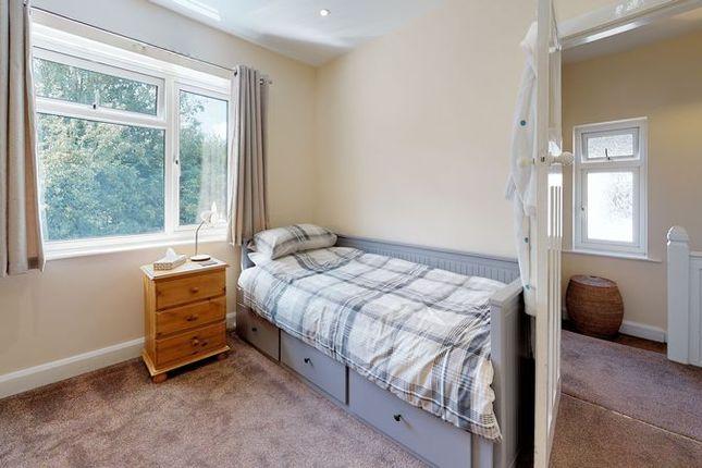 Bedroom Two of Merewood Avenue, Headington, Oxford OX3