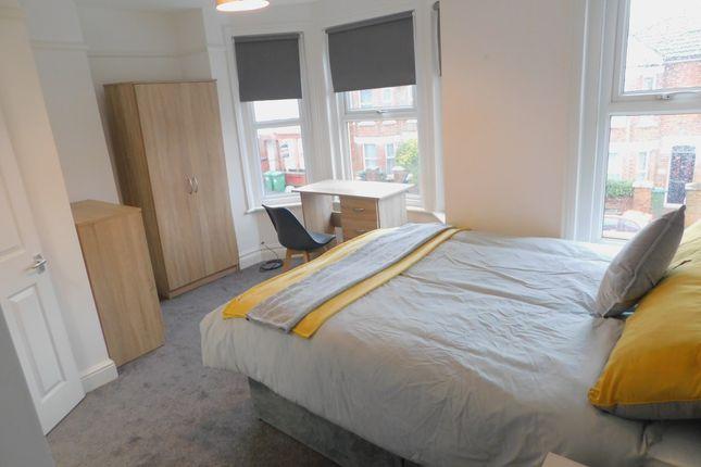Thumbnail Room to rent in Burlington Road, Southampton