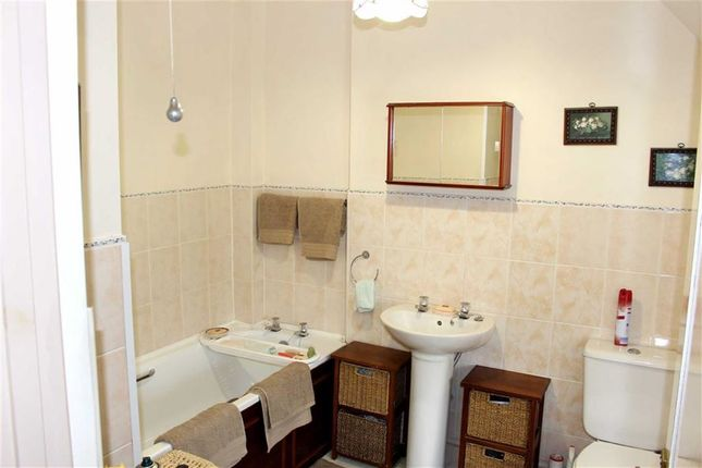 Bathroom of Rickeston Bridge, Haverfordwest SA62
