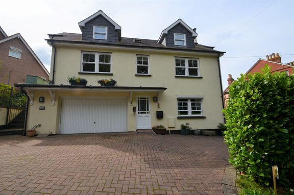 Thumbnail Detached house for sale in Exeter Hill, Tiverton