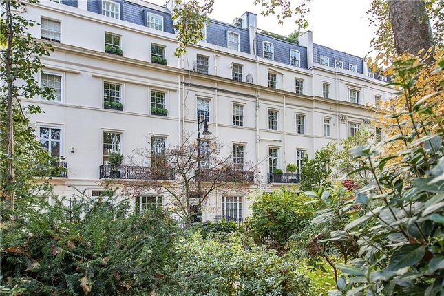 Thumbnail Terraced house for sale in Wilton Crescent, Belgravia, London