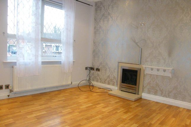 Thumbnail Semi-detached house to rent in Hendon Garth, York, North Yorkshire