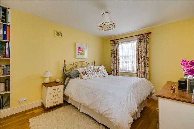 Bedroom of Sutherland Street, London SW1V