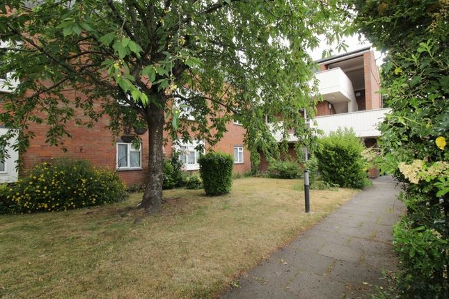 Thumbnail Flat for sale in Westcroft Court, Droitwich
