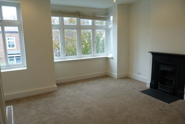 Thumbnail Terraced house to rent in Bronson Road, Raynes Park