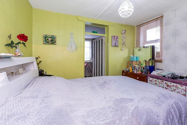 Thumbnail Terraced house for sale in High Road Leytonstone, London