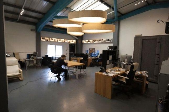 Thumbnail Studio to rent in Monier Road, London