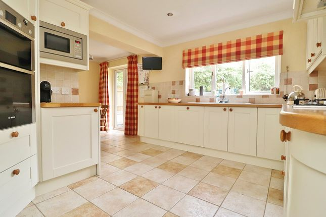 Thumbnail Detached house for sale in Pinewood Park, Southampton
